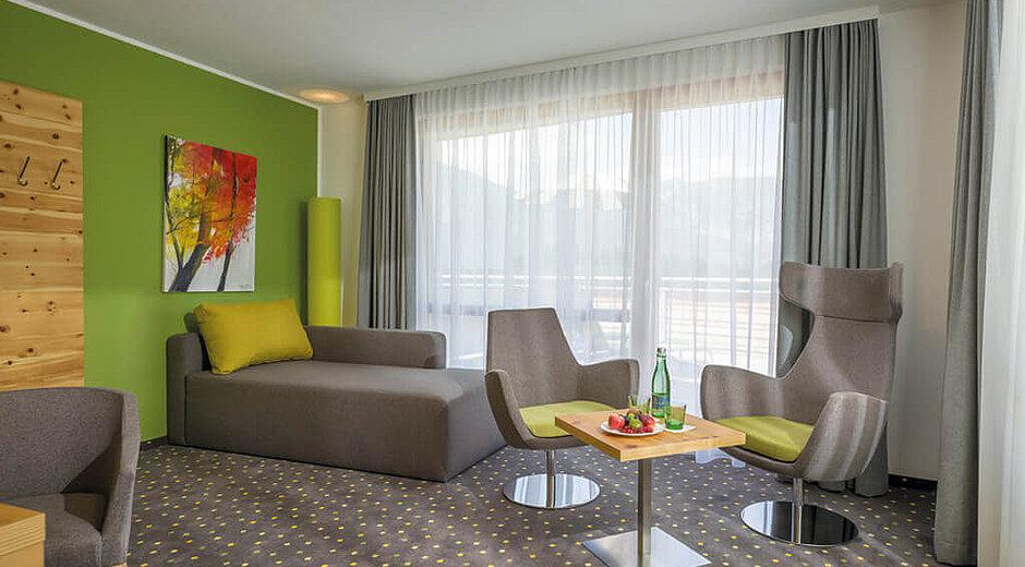 Classic Suite - Zirbe - Wohnzimmer