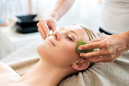 Beautybehandlung mit Aloe Vera